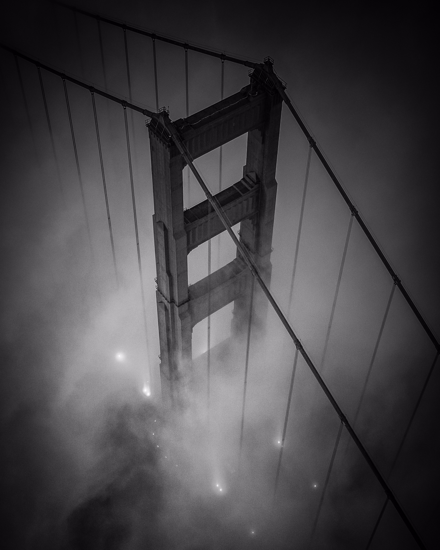 *Golden Black* Foggy Golden Gat - tobyharriman | ello