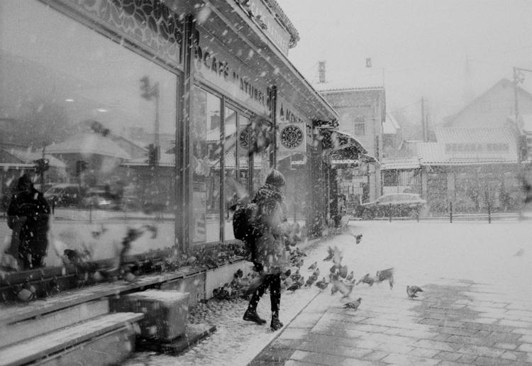 Bosnia 2017 – Sarajevo. Snow st - andreastrenker | ello