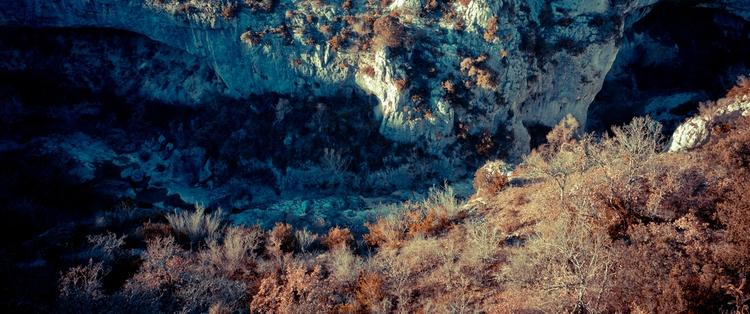 Provence Tale - Deux Jorn Strat - jornstraten | ello