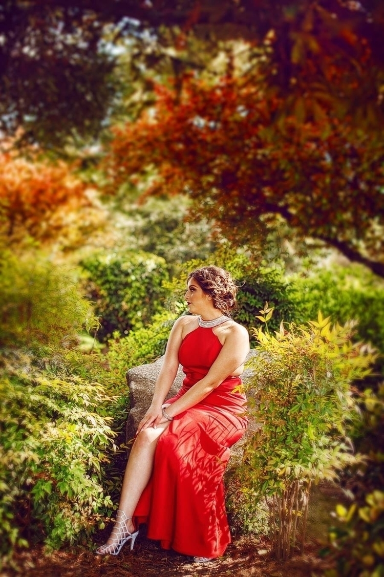 Lady red - jewela | ello