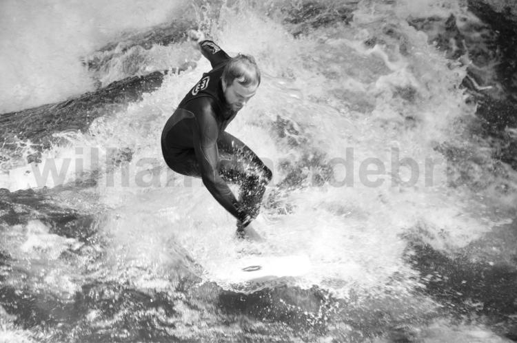 8th Yonder, performing surfer,  - williamdavidebrio | ello