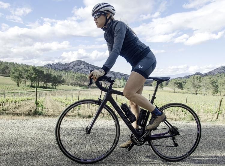 riding Alpilles, Provence, Fran - gekopaca | ello
