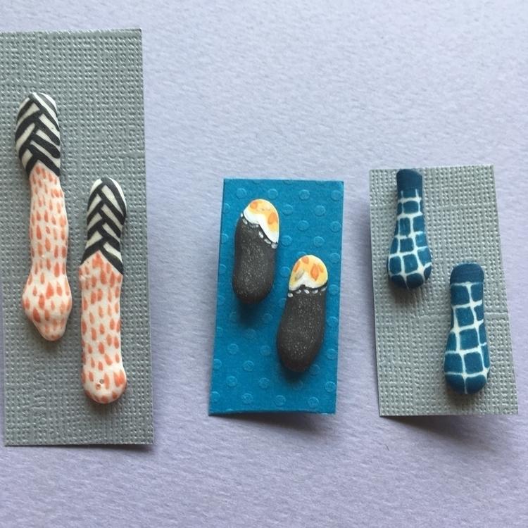 Ceramic handpainted earrings Ba - april_d_felipe | ello