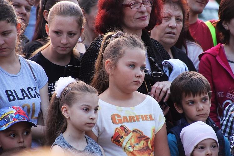 Kids world - people, kids, children - cornelgin   ello
