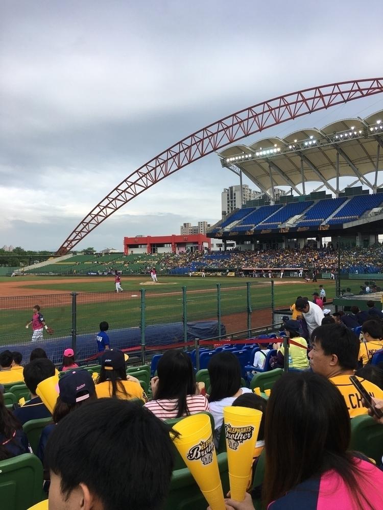 台中洲際球場 - danny6301 | ello