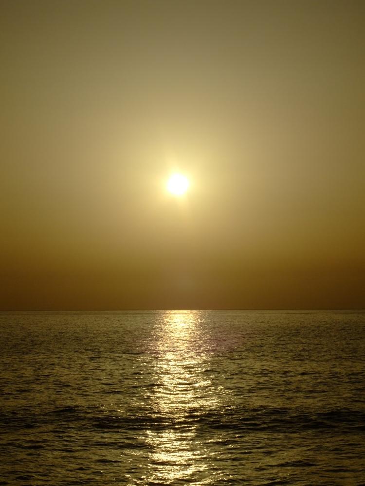 Sunset@ Madeira - euric | ello