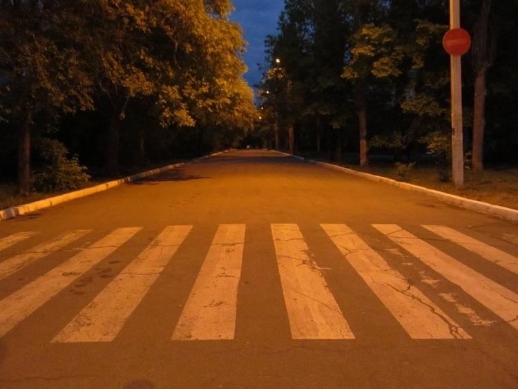 road, night - tricefoils | ello