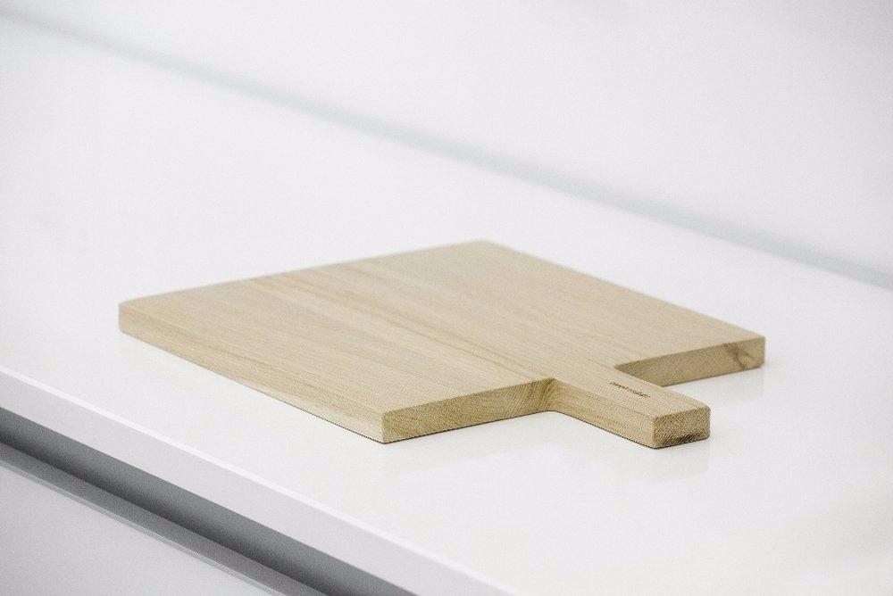 Square Cutting Board Twelvedots - mauudhi | ello