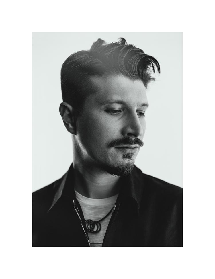 uvazhny_portraits - uvazhny | ello
