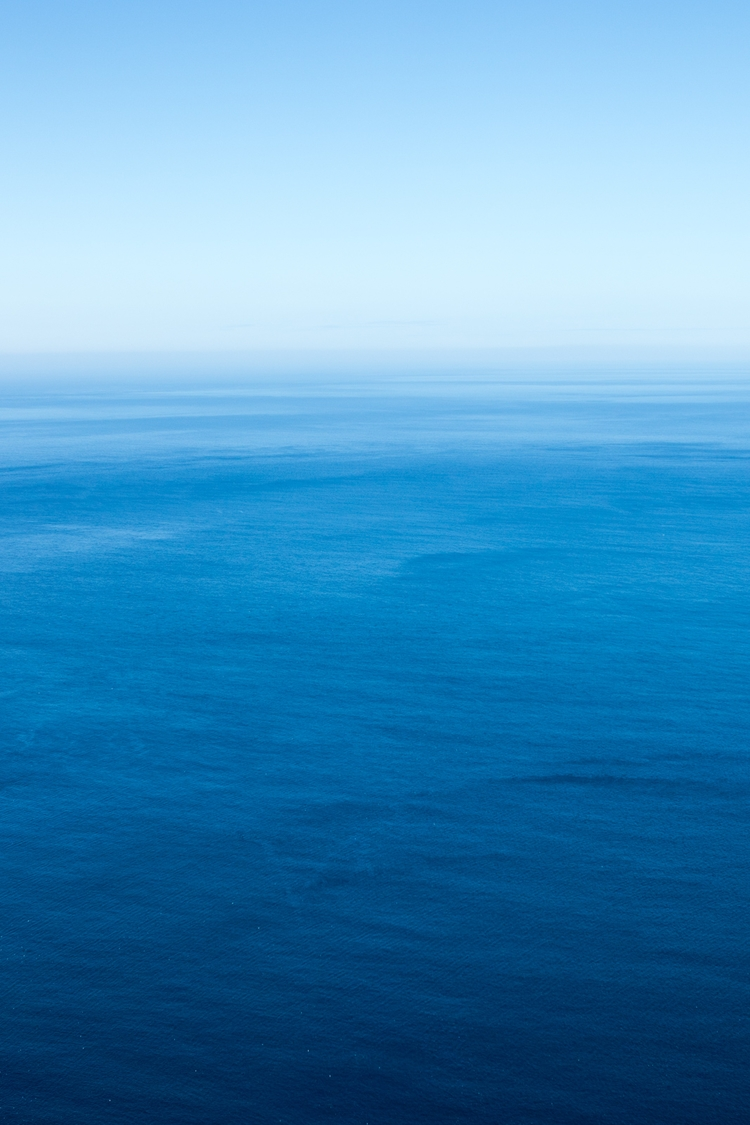 sea. photo North Atlantic meets - thomaswoodson | ello