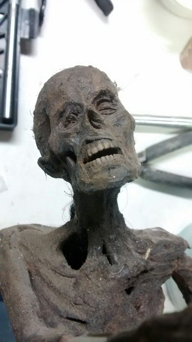 picture mummy maquette. based r - zombienose | ello