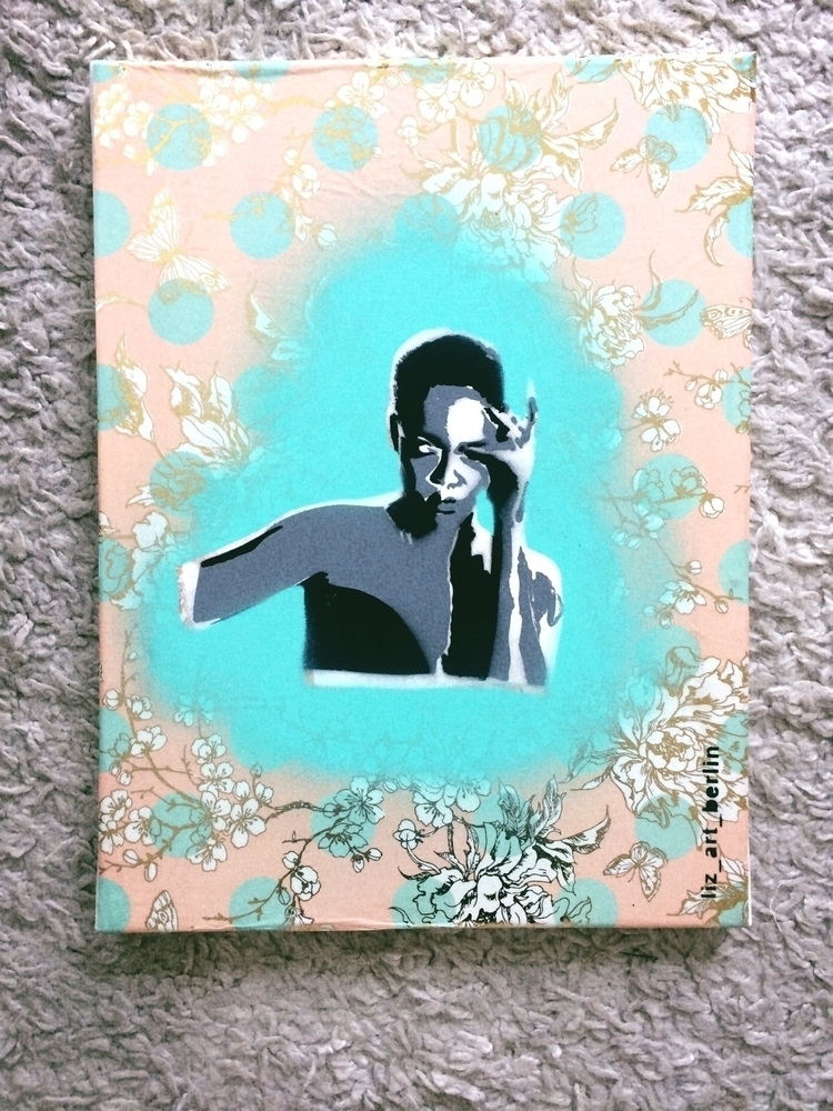 Paper canvas Stencil Spraypaint - liz_art_berlin | ello