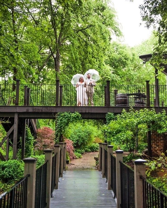 Rain Wedding Day, Problem - natchez | ello