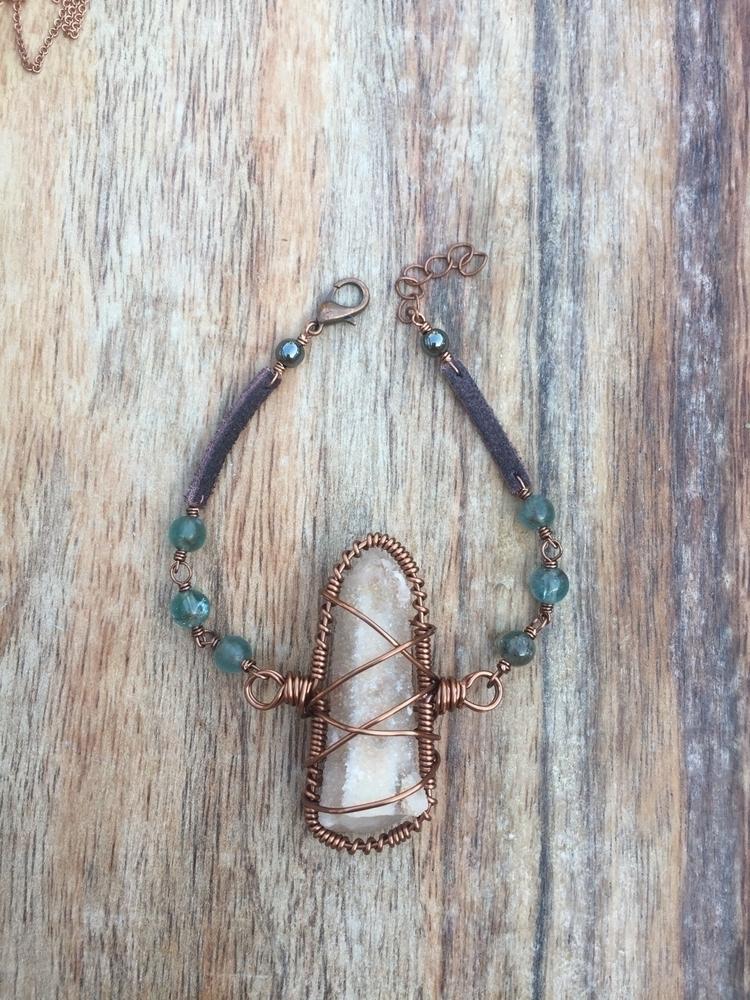 Fairy quartz apatite bracelet s - rockfanatic | ello