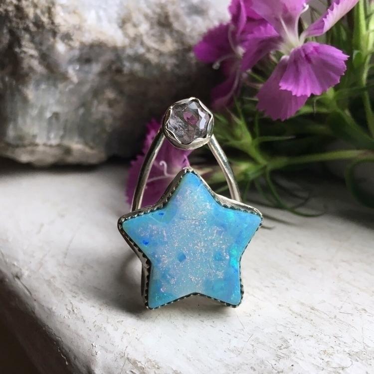 Star light, star bright... Uniq - untamedoracle   ello