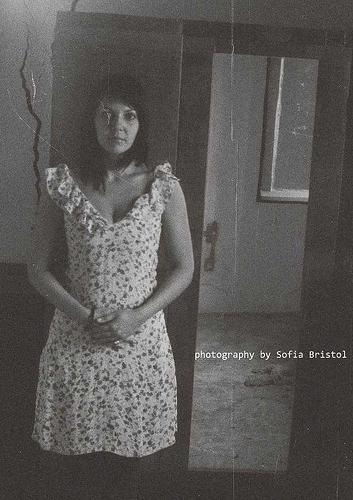 girl closet - darkphotography, mystyle - sofiabristol   ello