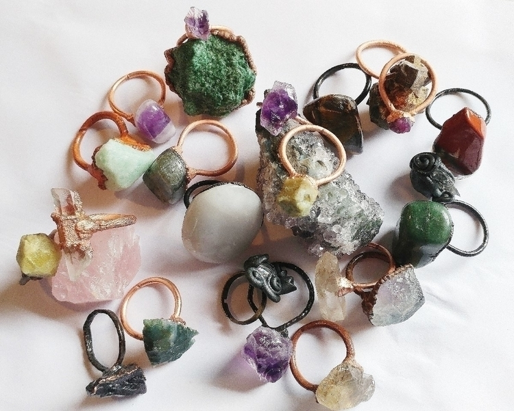 Crystal rings - shapes sizes 🖤🖤 - gemmineforlove | ello