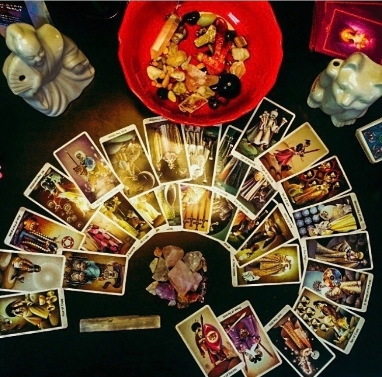 30 card spread? hard SOO worth  - theghoulgirls_tarot | ello