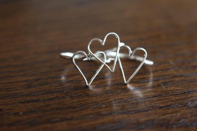 Sterling silver heart rings. Li - gavvistone | ello