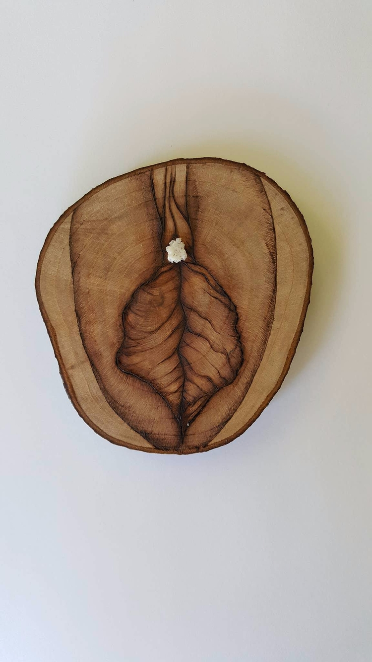 Crystal Vulva || Plum Wood Danb - thecrystalpyre | ello
