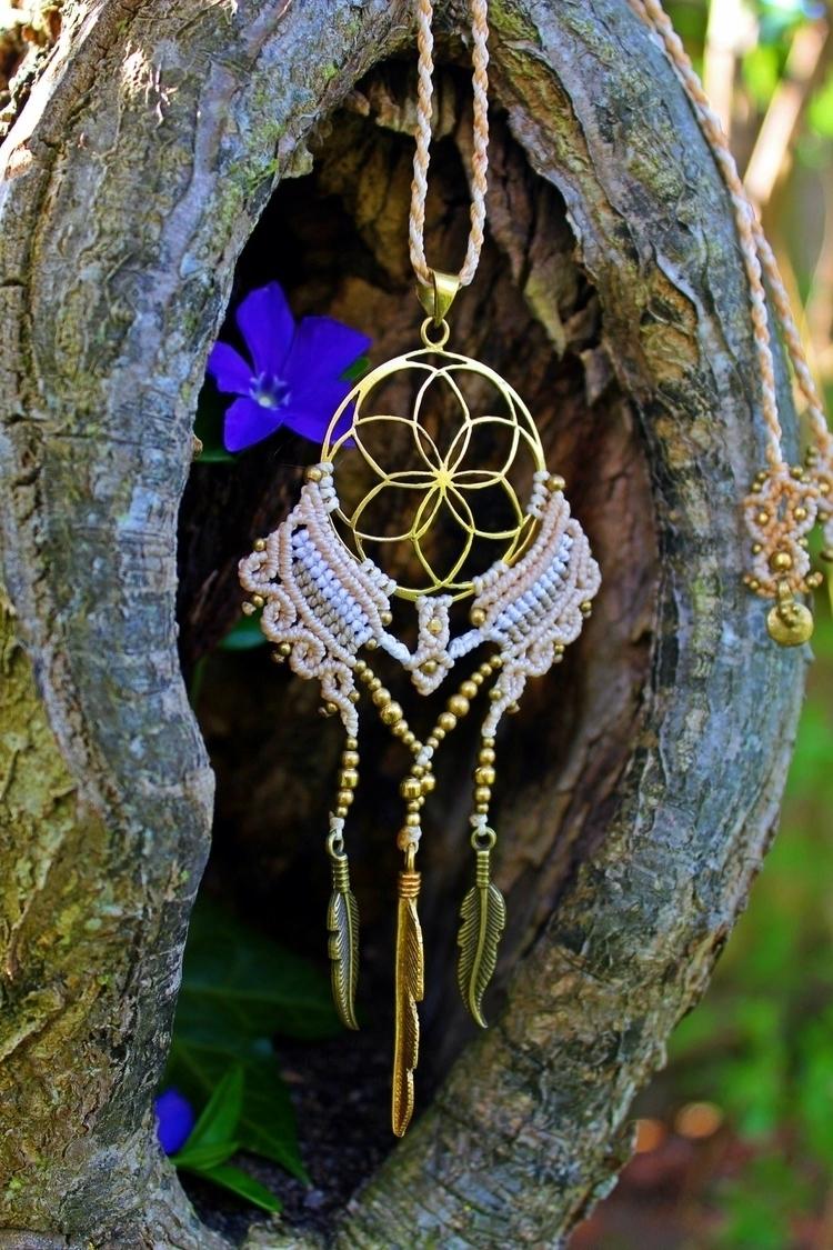Amazing dreamcatcher necklace,  - lovesmacrame | ello