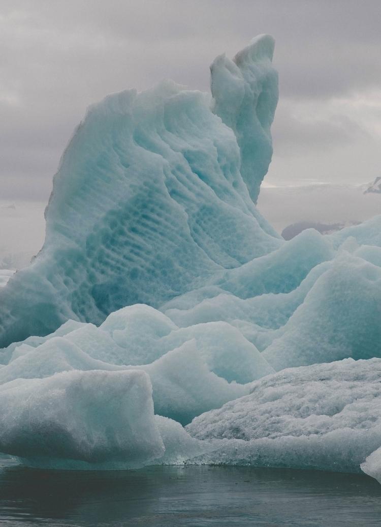 Glacier Lagoon | Iceland - travel - toriamia | ello