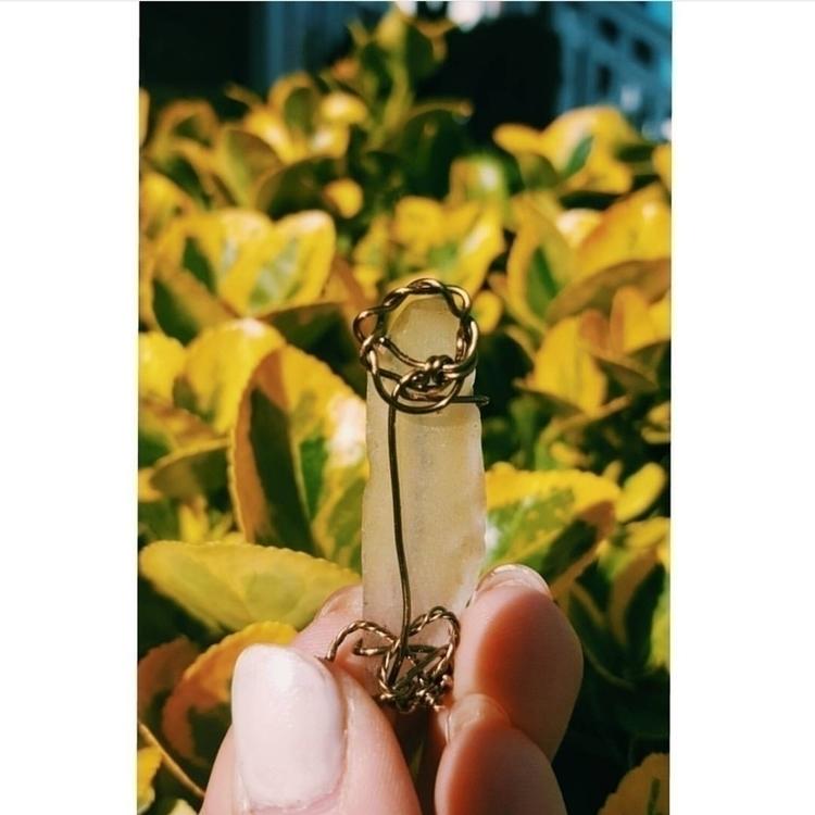 hand crafted flower pendant - mindseyemagik | ello