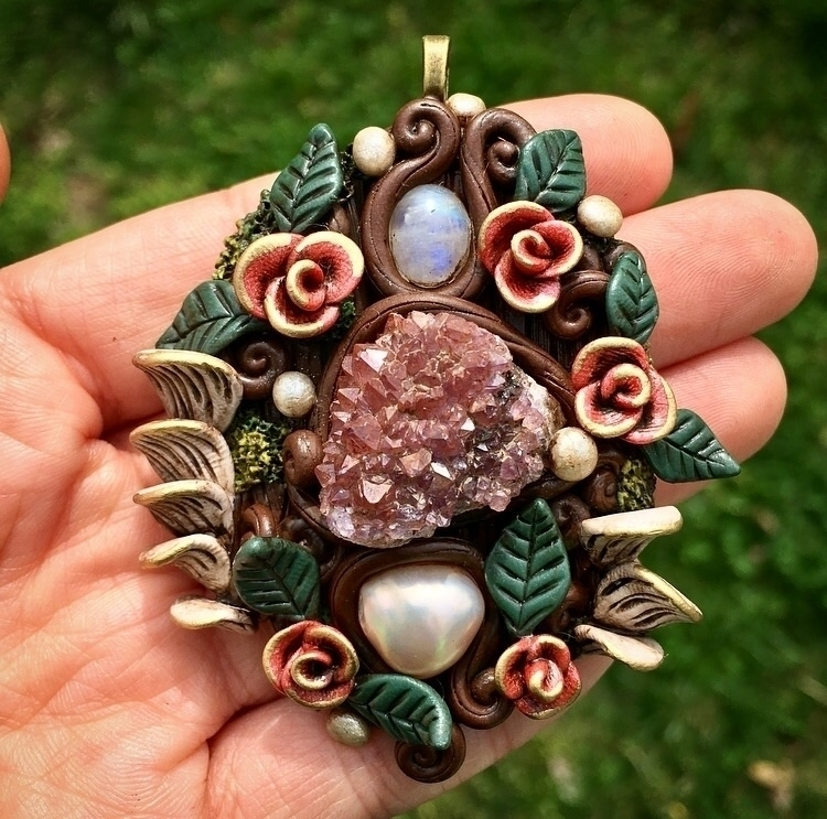 beautiful ornate piece grabs  - rainbowmoonstone - earthlustdesigns | ello
