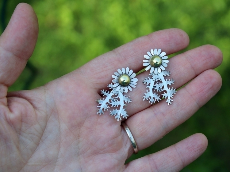 Chamomile earrings. leaves earl - tamaralyn | ello