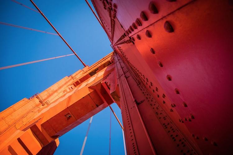 Orange Tower 746-foot-tall (220 - mattgharvey | ello