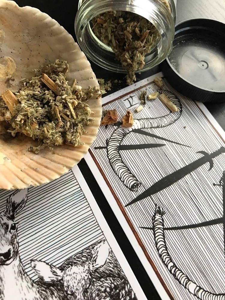 loves~ excited sharing platform - tenthhouseapothecary | ello