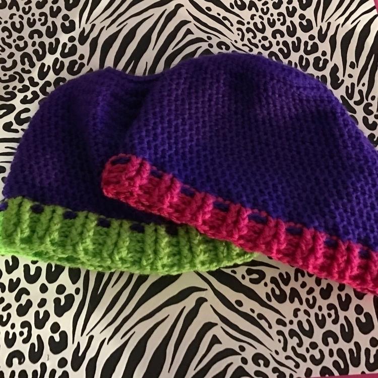 favorite hats custom order - ponytailhat - laurennicoleyarnbarn | ello