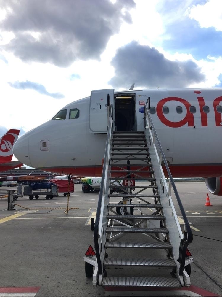 necessarily Boarding :airplane - rowiro | ello