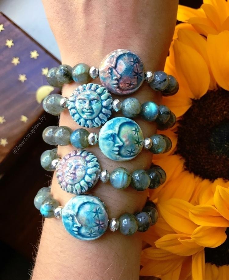 Live sun Love moon - labradorite - heartcavejewelry | ello