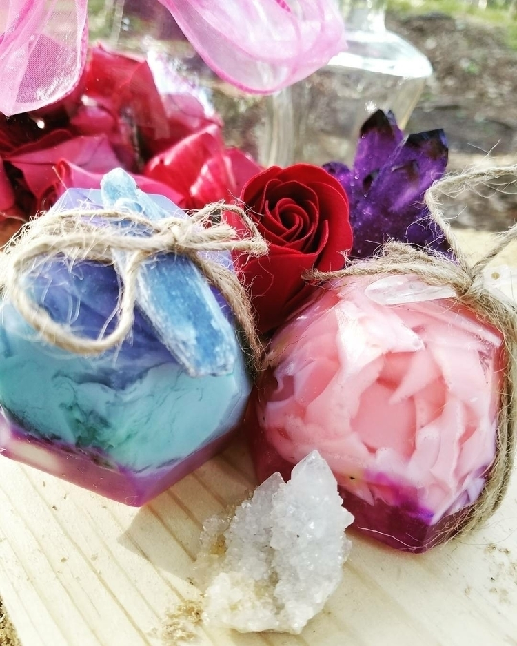 pretty soaps simple happy - handmade - anam_tara | ello