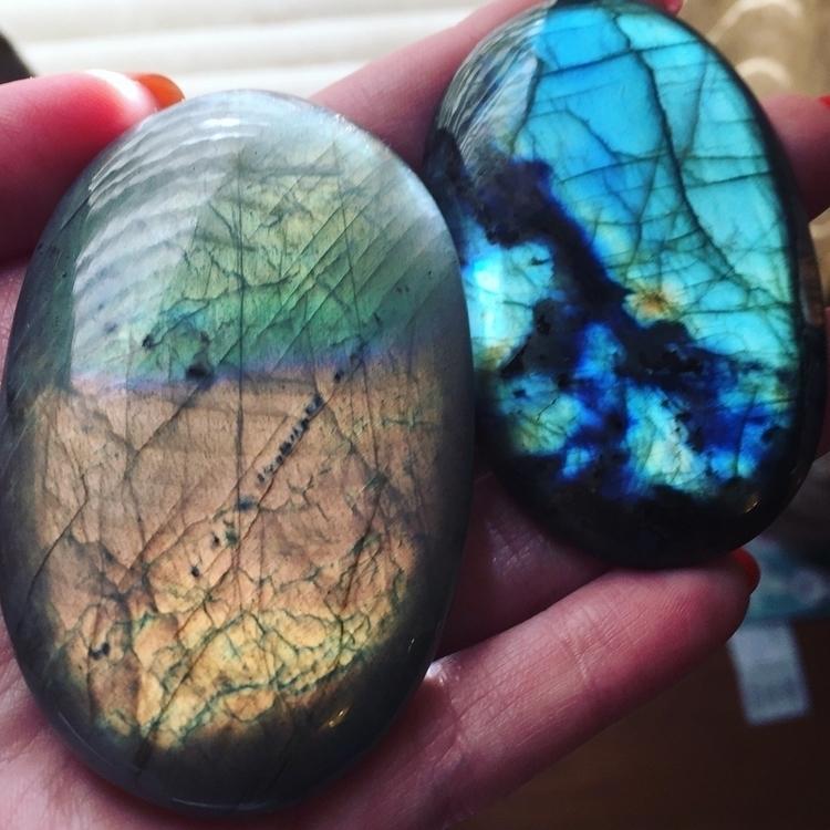 Labradorite - crystalsbycreation | ello