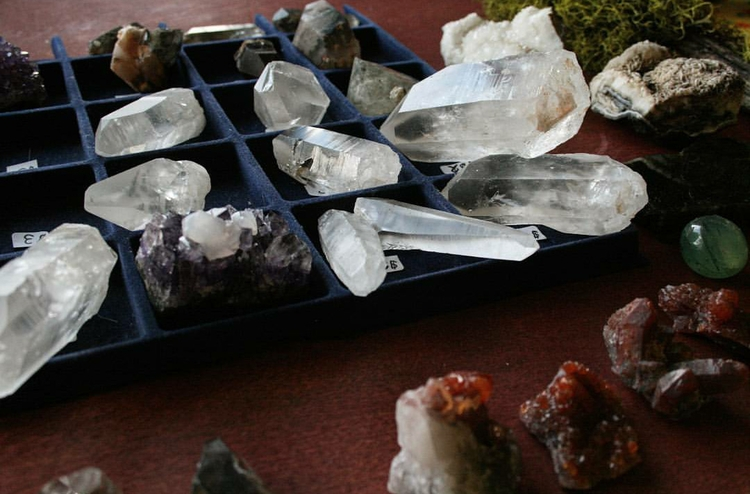 ✺ - crystals, crystalsforsale, minerals - ancientmountaintreasures | ello