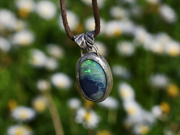 Ethiopian Opal Pendant sterling - alaskamooon | ello