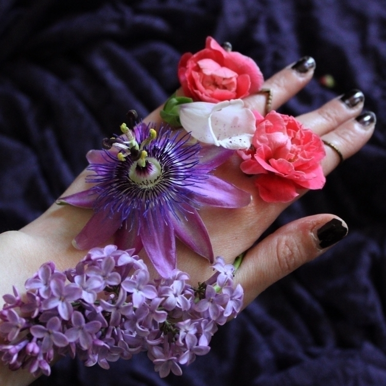 Bloom choose - leila_olive   ello