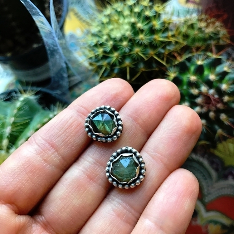 Faceted Labradorite earrings - labradorite - happysoulcollective | ello