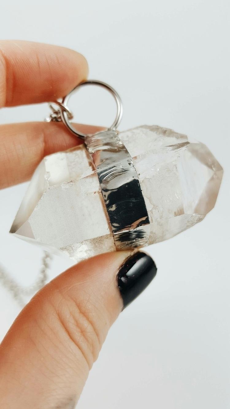 laid quartz piece intention giv - fogandfae | ello