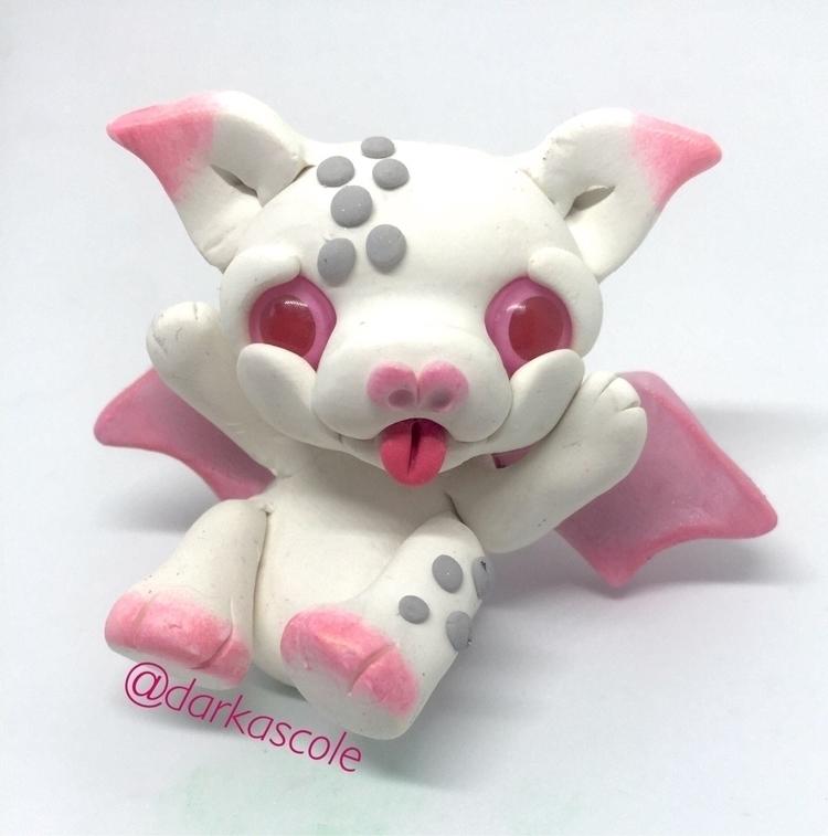 albino bat - albinobat, flyingfox - darkascole | ello