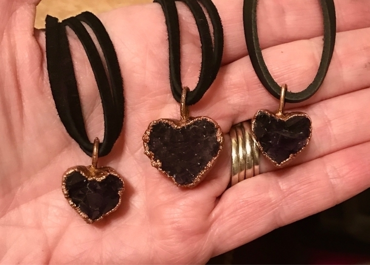 Amethyst heart chokers/necklace - yamsjewelry | ello