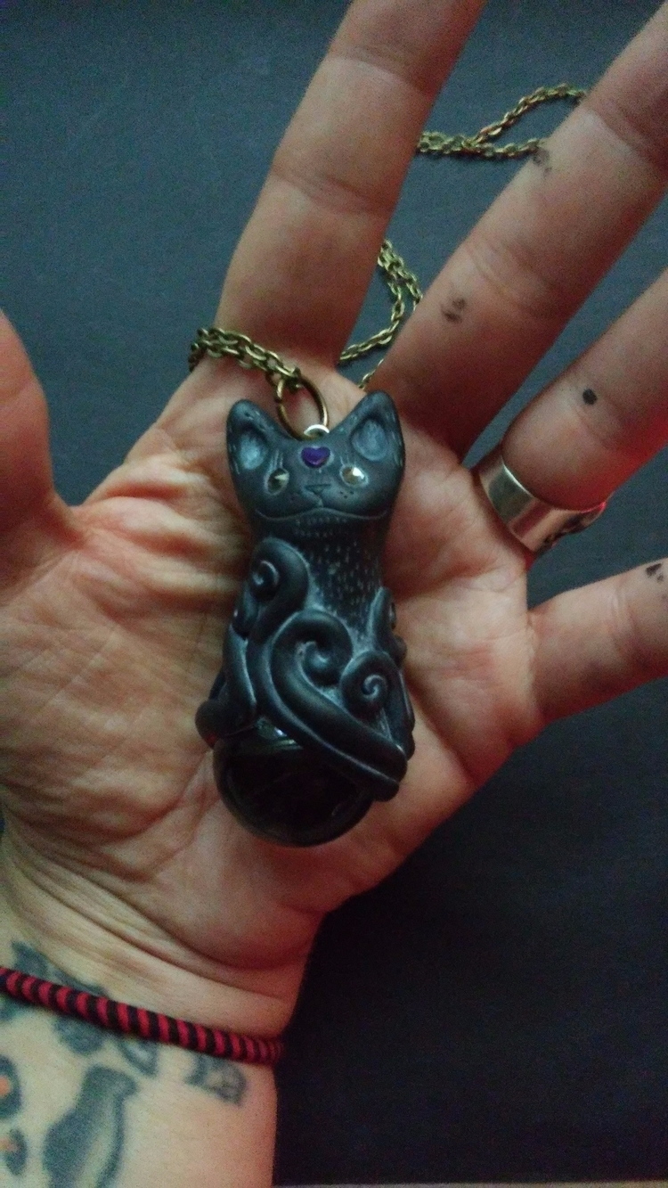 cat pendant listed today! Fortu - themoonbeams | ello
