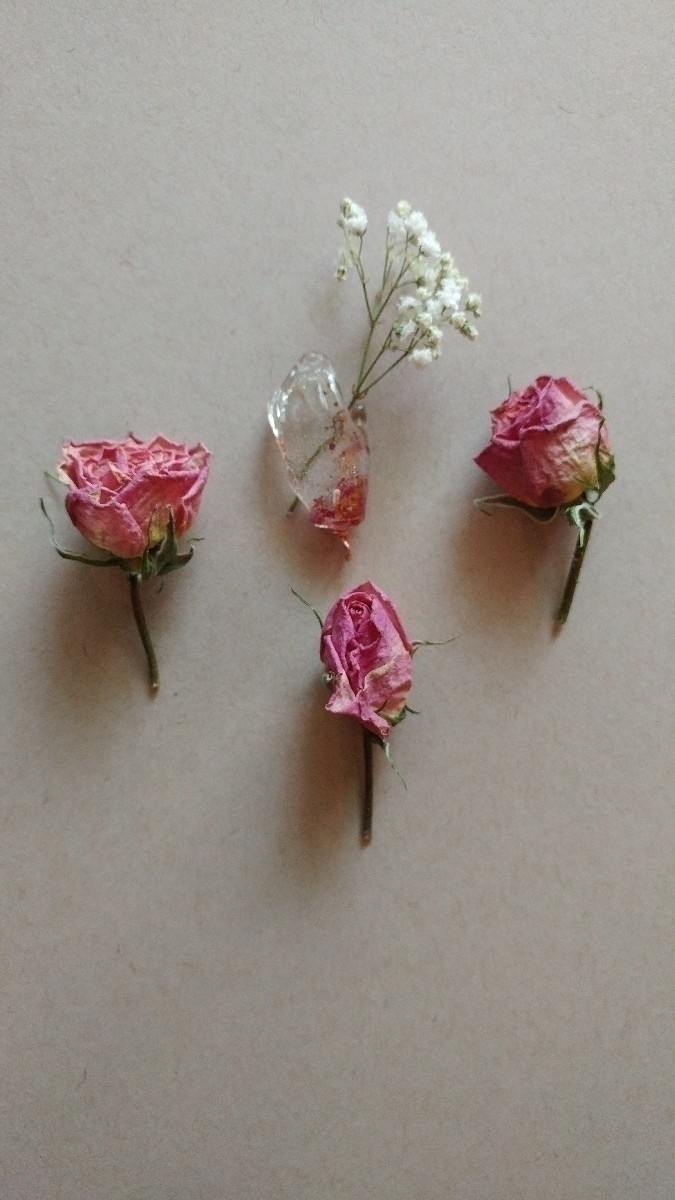 foundobjects, resincasting, floralfriday - sendmedeadflowers | ello