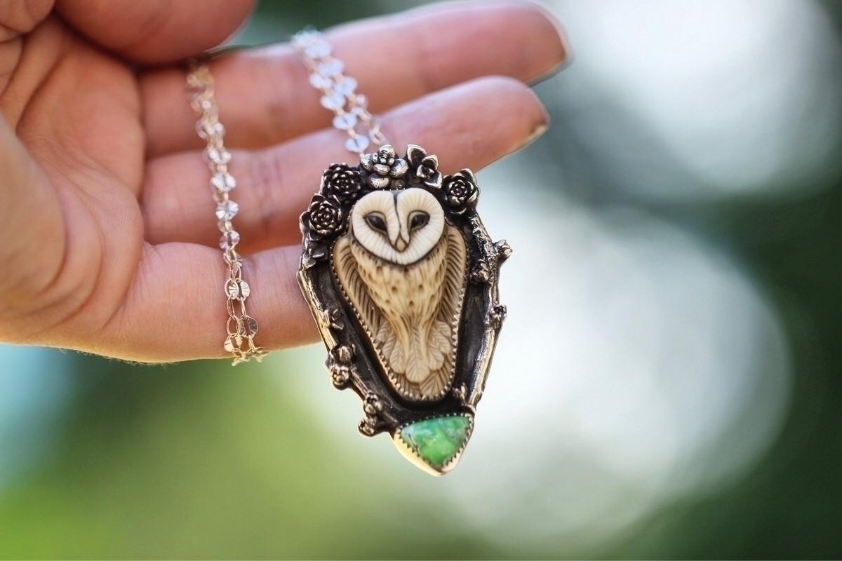lovely barn owl wearing succule - arrowsandstone | ello