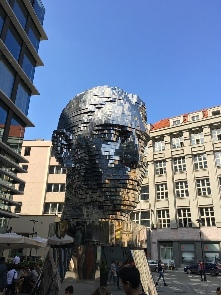 kavka, sculpture, prague - webcreators | ello