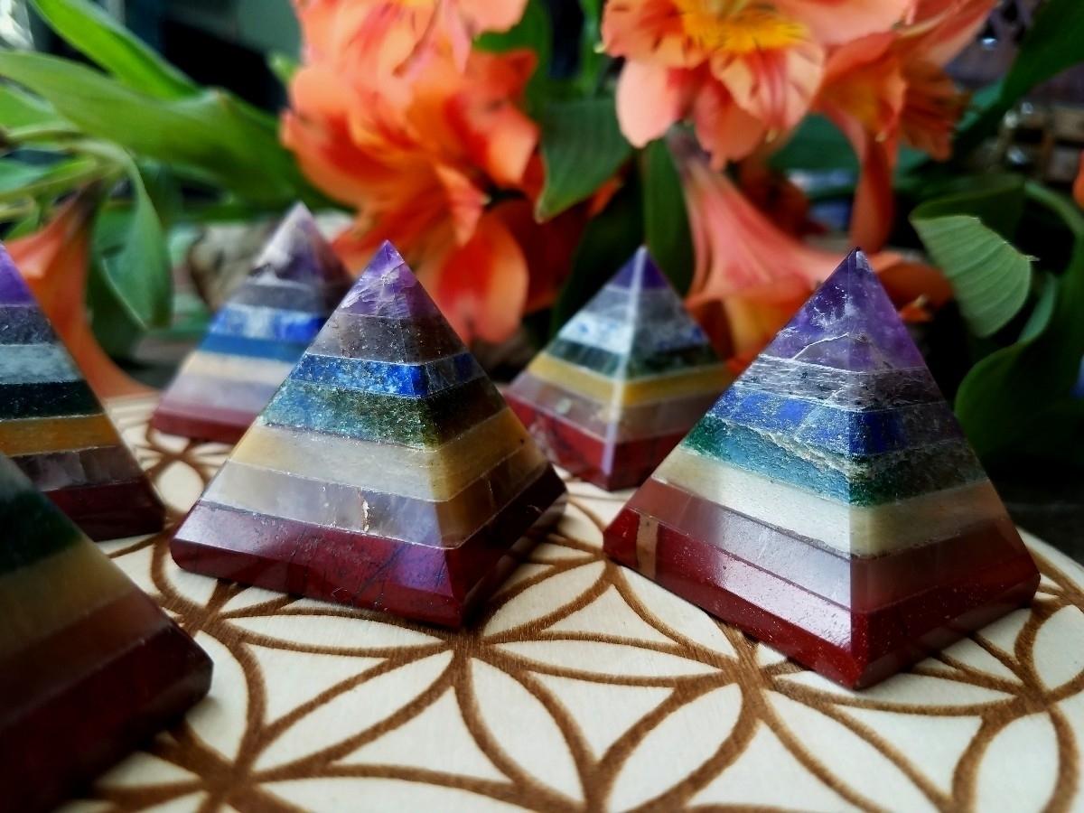 Chakra Pyramids, ya chakra pyra - sacreddivination | ello