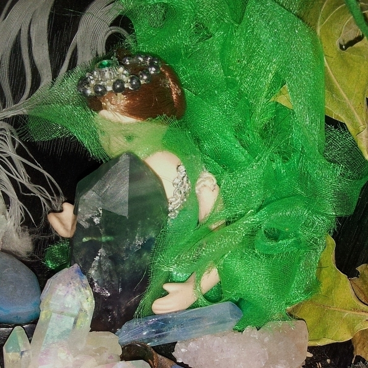 sacred space porcelain doll rep - mintroyaleshop | ello