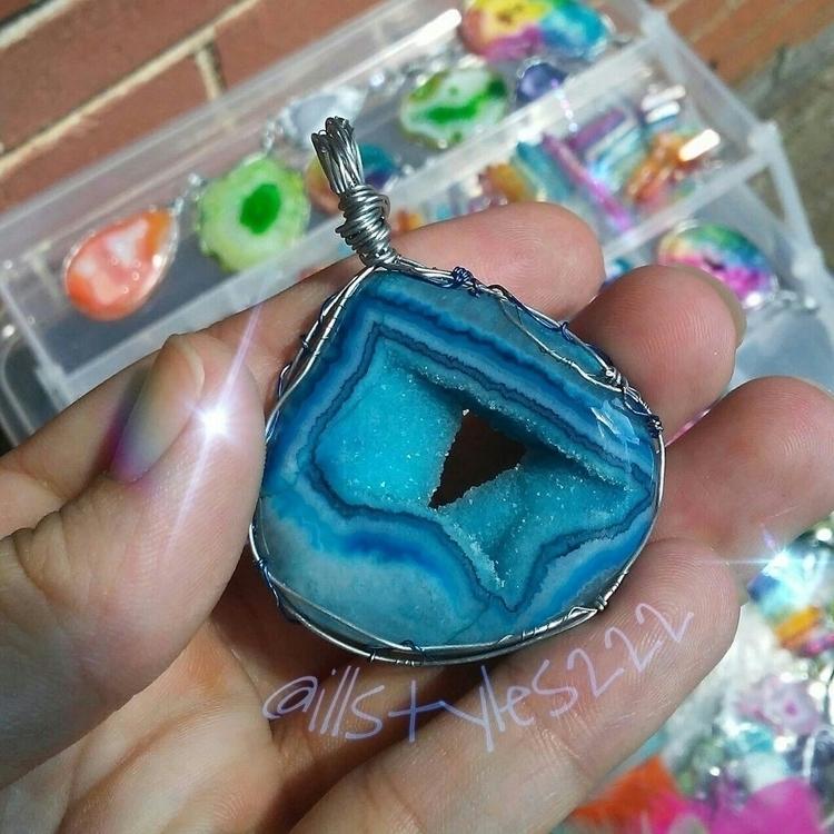 illstyles - blue, druzy, geode, agate - illstyles222 | ello